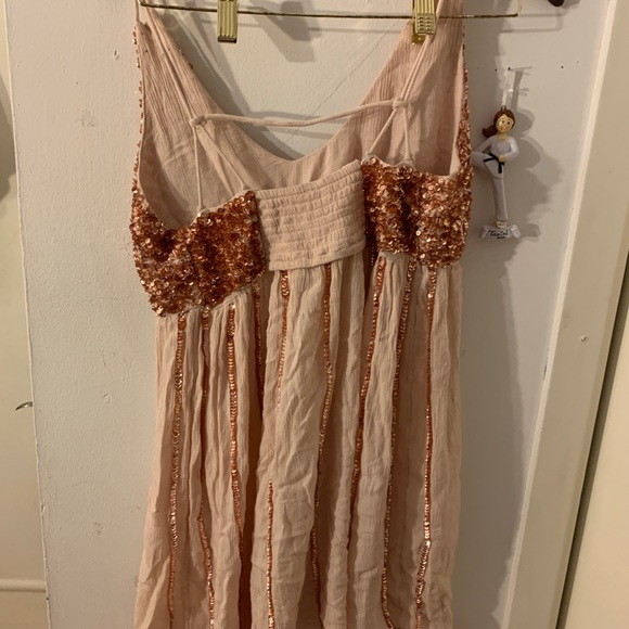 Free People Dresses & Skirts - FREE PEOPLE rose gold shirt sequence dress